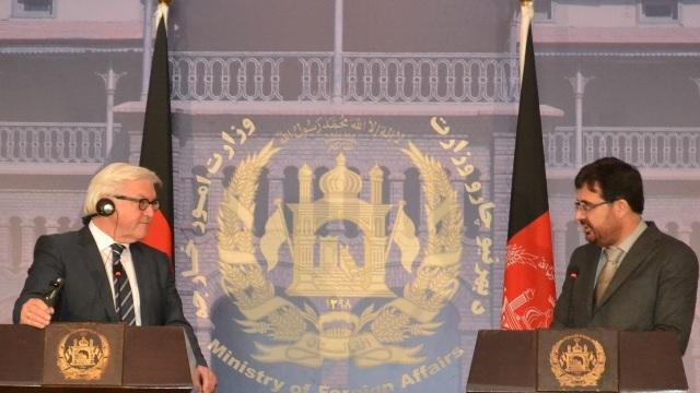 حامدکرزی قبل ازانتخابات ریاست جمهوری قرارداد امنیتی باامریکا را امضا میکند  .