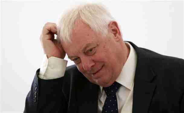 کریس پاتن رئیس شورای اداریBBC بصورت غیر منتظره استعفا کرد