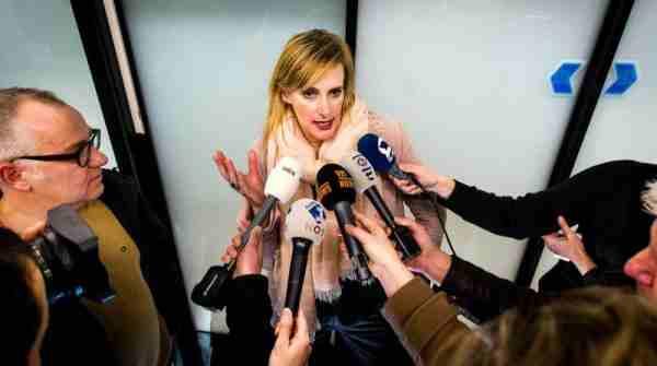 ژورنالیست هالندی :جنرال السیسی رهبر کودتا گران مصر یک جنایتکار است !