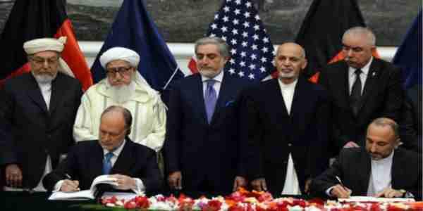 سرانجام سند امنیتی افغانستان وامریکاپس ازچندین ماه تعلل به امضأ رسید .