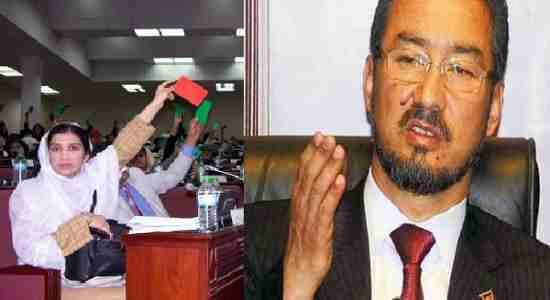 عبدالروف ابراهیمی رئیس پارلمان افغانستان و از فرماندهان سابق حزب اسلامی متهم به فساد مالی شد