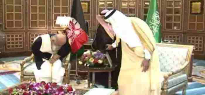 ghani and saudi king salman 05