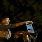 انتحاری های که بایک موتر هایلکس به منطقه آورده شده بودند پس ازحمله بریک هوتل در کابل از پا درآمدند