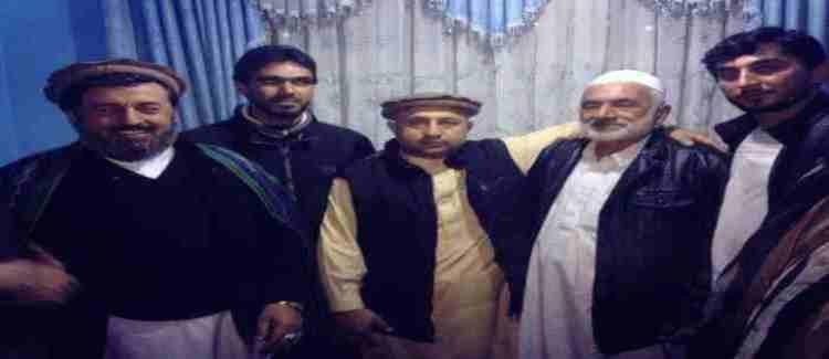 niazi and Farkhonda Family.11
