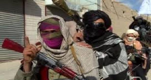 تازه ترین صحنه های ازحمله غارتگرانه جنگجویان داعـش طالبی بـرکندز !