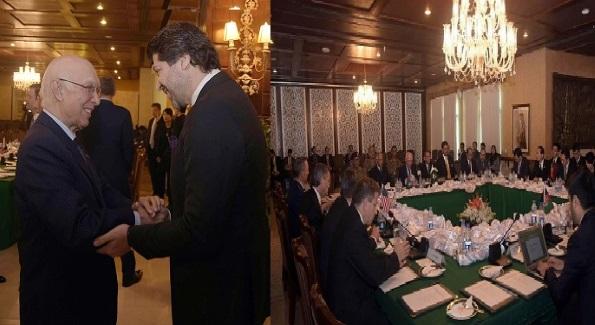 نخستین غبارشکست مذاکرات چهارجانبه برسرمکانیزم عملی صلح!