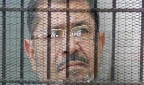 حکم اعدام محمد مرسی لغو شد .